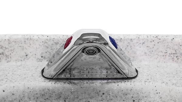 Discontinued ET720 Sink - Close Up Faucet
